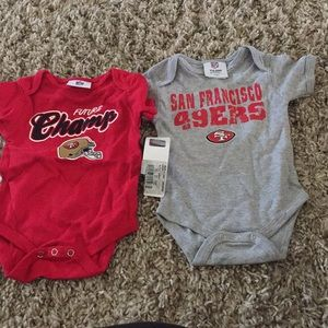 NWT baby bodysuit size 3/6 mons 49ers